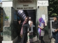 3_Berjalan bersama-sama menuju Kompleks Makam Maulana Malik Ibrahim_nico