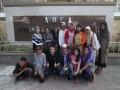 5_Sejenak melepas lelah dengan foto bersama di depan Kompleks Makam Maulana Malik Ibrahim_nico