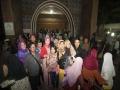 7_Berpose sejenak diantara kerumunan pengunjung Makam Gus Dur_nico