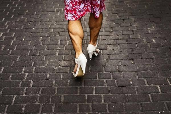 high-heels-race01