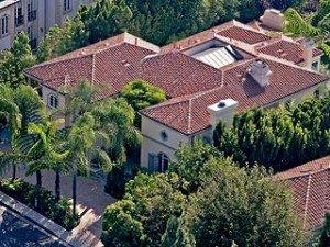 Rumah Avril (sumber : Splash News Online)