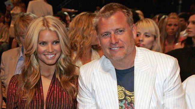 Aktris dan Penyanyi Jessica Simpson bersama ayahnya Joe. ditahun 2007 (Photo: AP Source: AP)
