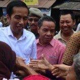 <!--:id-->Jokowi diminta tak diskriminasi pada kaum waria<!--:-->