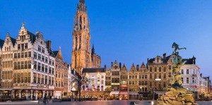 Kota Antwerp, Belgia. Di sinilah pasangan itu tinggal sejak mereka menikah 19 tahun lalu (photo : Daily Mail)