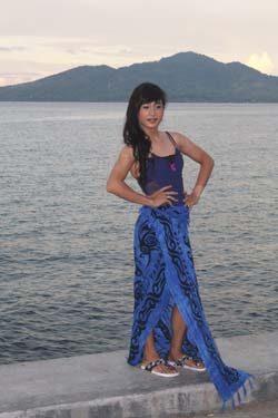 Salah satu kontestan Waria ratu Pantai