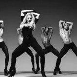Dukung Gay dan Lesbian, Album Madonna Tetap Laris di Rusia
