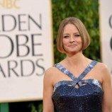 Jodie Foster tegaskan ia lesbian Di Panggung Golden Globe Awards 2013
