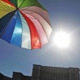 Pengadilan Singapura Tolak Cabut Aturan Larangan Gay