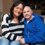 Pasangan Transgender Menikah Setelah Sama-sama Ganti Kelamin