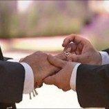 Pejabat UE Serukan Tindakan terhadap Homofobia