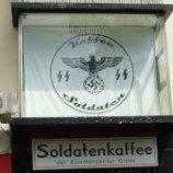 Pengelola kafe Nazi menutup usahanya