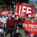 Parlemen Irlandia Sahkan UU Aborsi Terbatas