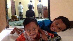 Mayoritas anak Ahmadiyah tidak bersekolah karena tidak memiliki akta kelahiran