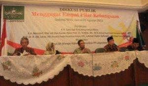 "Diskusi Publik ""Menggugat Empat Pilar Kebangsaan"". Foto : Yatnapelangi/Our Voice)"