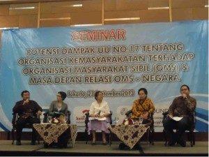 (Kiri ke kanan) Budi santoso, Nia Alvina, Damaria pakpahan, Erna Witoelar, Eryanto Nugroho (Foto : Rikky/ Ourvoice)