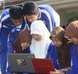 "Banyak Anak Indonesia Belum ""Melek Internet"""
