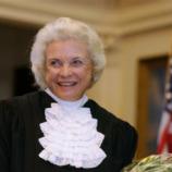Mantan Hakim Agung AS Pimpin Upacara Pernikahan Sesama Jenis