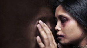 Data pengaduan Komnas Perempuan dari 2011 hingga Juni 2013 menunjukkan bahwa 60 persen korban kekerasan dalam rumah tangga mengalami kriminalisasi.(Foto :alexandria.gov | VOA