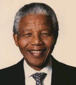 Nelson Mandela (Sumber : starobserver.com.au)