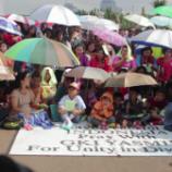 Jemaat HKBP Filadelfia dan GKI Yasmin Natal di Seberang Istana
