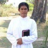 Kisah pendeta waria pertama di India