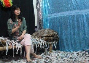 """Soe Tjen Marching, Penulis buku """"Kubunuh Disini"""".Foto,Dok/Suarakita/Yatnapelangi"""