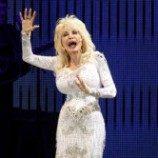 Dolly Parton Rilis Album Spesial untuk Gay