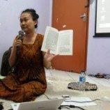 Liputan Diskusi: Dewi Chandraningrum dan Kritik terhadap Jurgen Habermas