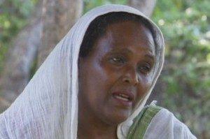 Saba Abraham disunat oleh ibunya di Eritrea ketika berusia satu minggu.