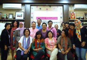 Seusai Dialog Komnas Perempuan dan MSKP Berfoto Bersama (Sumber : Facebook Penulis)