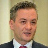 Seorang Gay Jadi Walikota di Polandia