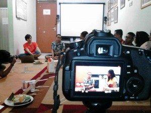 Diskusi Buku 'Mendengar Suara Lesbian' (Foto : Adek/Suara Kita)