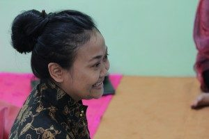 Dewi Candraningrum, Narasumber Diskusi. (Foto: Ryan/Suara Kita)