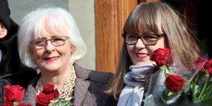 Mantan PM Islandia Johanna Sigurdardottir dan pasanganya.