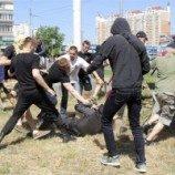 Pawai Gay di Ukraina Diserang