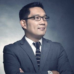 Ridwan Kamil, Walikota Bandung. (Sumber : http://kelasinspirasibandung.org/wp-content/uploads/2015/01/ridwan1.jpeg)