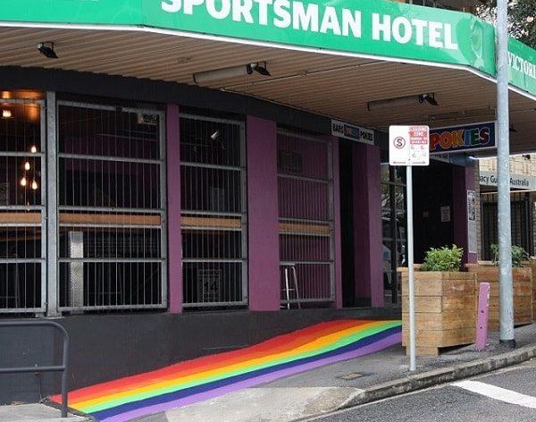 Sportsman-Hotel-Rainbow-Footpath-Featured-WEB