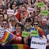 Irlandia Akan Memperkenalkan Strategi Remaja LGBT Nasional