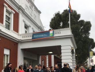 Bendera Pelangi Akan Terus Berkibar Sampai Kesetaraan Pernikahan Disahkan di Australia