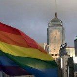 12 Lembaga Keuangan di Hong Kong Maju Membela Pasangan Lesbian