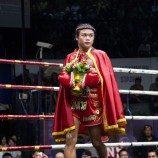 Petarung Muay Thai Transgender Pertama yang Berlaga di Stadion Tertua Thailand