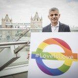 Deklarasi Kampanye #loveislove Oleh Sadiq Khan, Ada Pelangi di Stasiun Kereta Bawah Tanah London