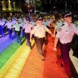 Polisi Australia Berbagi Cerita Melela Mereka Dalam Sebuah Video
