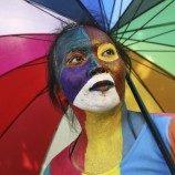 Sikap Anti-LGBT di Indonesia Merongrong Perjuangan Melawan HIV