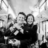 Penghormatan Kepada Sepasang Lesbian yang Dihukum Karena Bergandengan Tangan di Trem Pada Tahun 1977