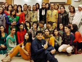 Untuk Pertama Kalinya Individu Transgender Dapat Menjadi Pramuka di Pakistan
