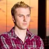 Gugatan Seorang Pengacara Anti-Gay Untuk Menikahi Laptopnya Ditolak Dengan Sebuah Alasan Tegas
