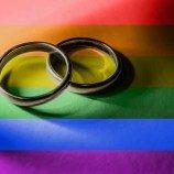 Pemerintah Republik Ceko Mendukung Rancangan Undang-Undang yang Akan Melegalkan Kesetaraan Pernikahan