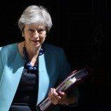 Theresa May Berjanji Untuk Melakukan Pelarangan Terhadap Terapi 'Konversi Gay'