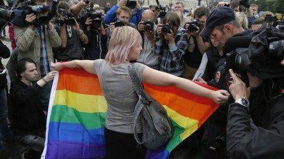 Panel Hak Asasi Manusia PBB Menentang Undang-Undang Propaganda Gay Rusia